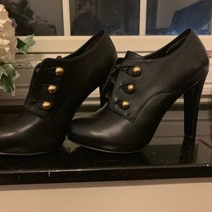 Nine West Brianny leather booties